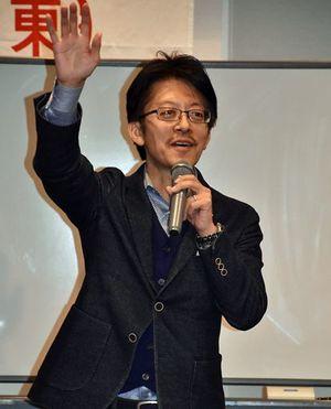 「かたづけの力」を高める方法について説明する小松氏