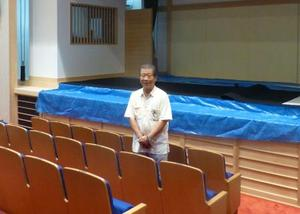 11日に開業する演芸場「神戸新開地・喜楽館」と地元NPOの高四代理事長