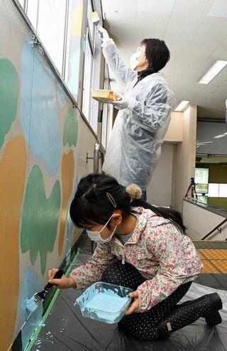 青森駅・現駅舎 最後はアートで彩りを