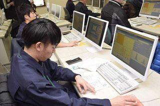霹靂栽培 ICTで指導
