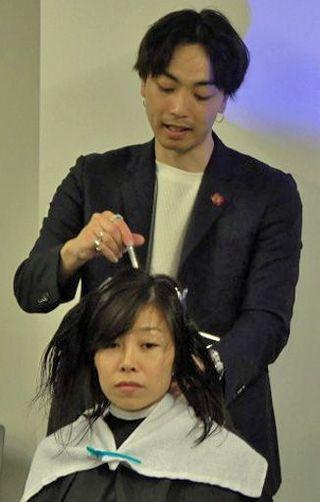 巻き髪「波ウェーブ」実現の道具開発