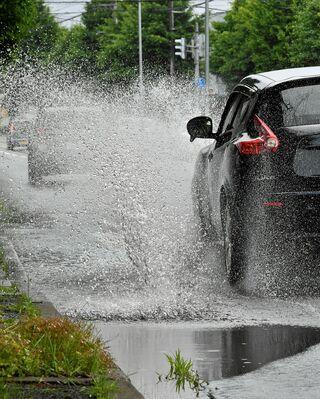 12日明け方にかけ大雨のところも 青森県内