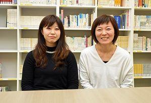 「学ぶことが楽しい」と語る白戸さん(右)と佐藤さん。病院実習も終え、来年2月の准看護師試験に備える