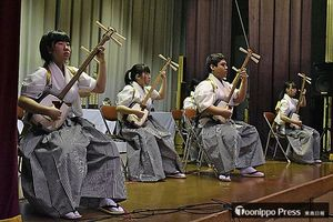 団体・中高生の部で2位に輝いた五所川原第一高校Bの演奏