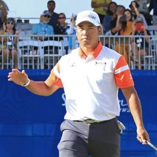 米男子ゴルフ、松山65で18位