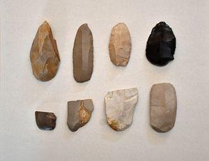彫掻器(ちょうそうき)・掻削器(そうさくき)・掻器(そうき)=外ケ浜町の大山ふるさと資料館