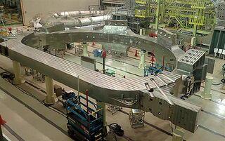 ITER用コイル完成 仏へ2月末出荷/量研と三菱重