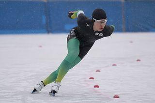 男子1500メートルで清川(八戸西)が8位/高校スケート
