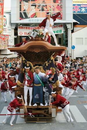 岸和田だんじり祭が開幕、大阪