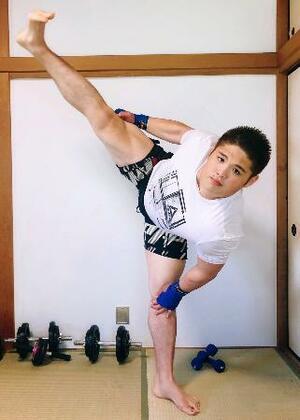 格闘家転向を表明した大相撲の元十両貴ノ富士の上山剛氏(本人提供)