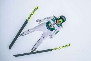 スキーの渡部暁、山本組が3位