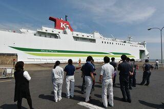新造船「シルバーブリーズ」16日就航/八戸