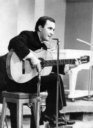 ボサノバ歌手のジョアン・ジルベルトさん=1966年、サンパウロ(ACERVO/ESTADAO CONTEUDO提供・共同)