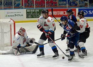 ブレイズ完敗、日本製紙に0-4