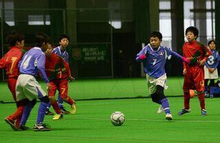 青森県U-11サッカー8強決まる 15日決勝