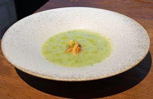ホヤを添えた糠塚きゅうりの冷製スープ
