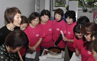 食物繊維取り入れよう、青森県庁で料理講座