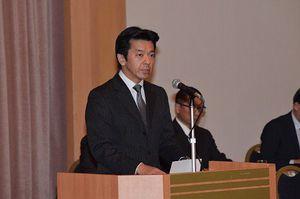 県下警察署長会議で訓示する重松県警本部長