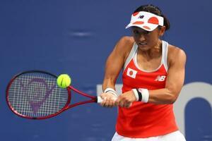 テニスの女子シングルス1回戦でサラスアと対戦する土居美咲=24日(ロイター=共同)