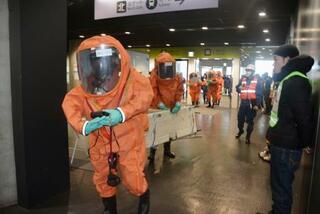 札幌ドームで五輪テロ対策訓練