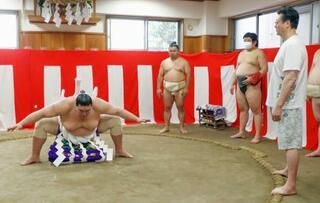 新横綱・照ノ富士の綱完成