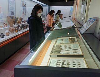 弘前大考古学センターの特別展始まる