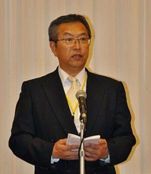 式辞を述べた五所川原中央青果の木村社長