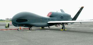 無人機部隊編成へ法改正、防衛省
