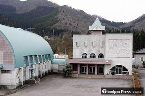 大鰐町がドローン教習所として貸与する予定の旧長峰小学校