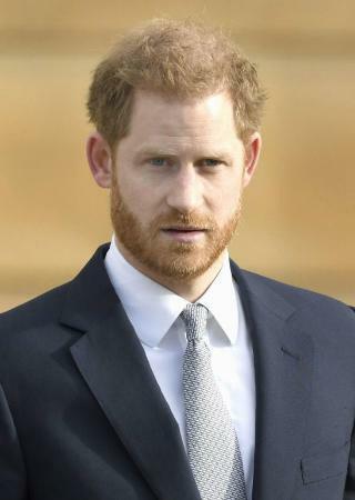 引退するヘンリー英王子が不満