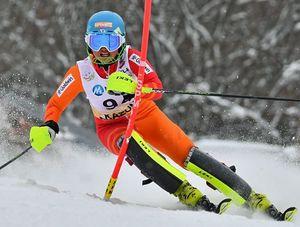 【女子回転】県勢最高の26位となった千葉(青森山田)=花輪スキー場ジャイアントコース