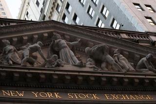 NY株、もみ合い