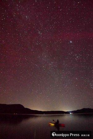 十和田湖の夜空を埋めた満天の星