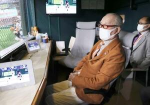阪神戦を観戦に訪れた巨人の長嶋茂雄元監督=16日、東京ドーム(読売巨人軍提供)