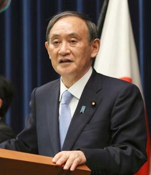 9都道府県の緊急事態宣言の延長を決定し、記者会見する菅首相=28日夜、首相官邸(代表撮影)