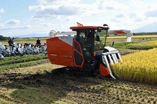 五農生、スマート農業体験 省力化に驚き