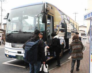 新幹線一部運休で青森県内の受験生ため息