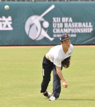 野球高校代表、宮崎で初練習