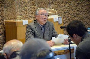 虎屋の関係者らを前に講演し老舗の心意気を示した福井さん