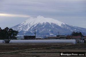 綾瀬さんが見た(のと同じ日の)岩木山
