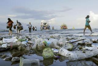 海のプラごみ汚染、G20協議へ