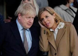 英首相の婚約者にコロナの症状