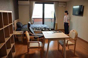 サ高住「サンタハウス弘前公園」の居室。2泊3日で「お試し居住」してもらい、弘前の良さを知ってもらう
