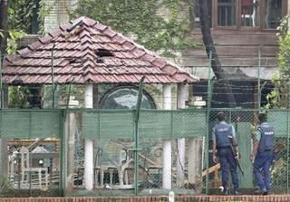 バングラ、飲食店テロで8人起訴