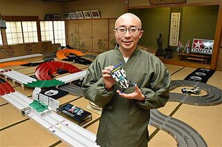 佐井村のお寺にミニ四駆専用コース
