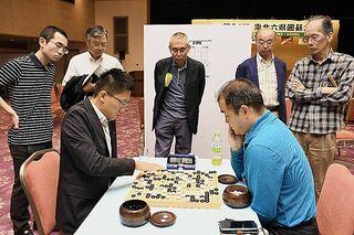 青森は初日2連敗 福島で東北六県囲碁