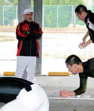 高校野球、日大三島で新監督開始