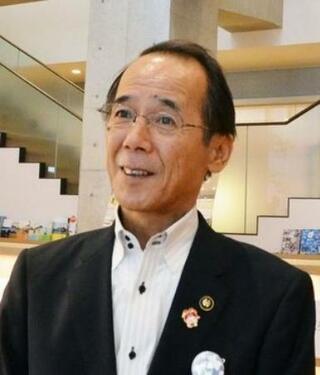 N国党首敗れ、現職の内野氏5選