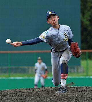 青森山田、弘前聖愛決勝へ リトルシニア野球