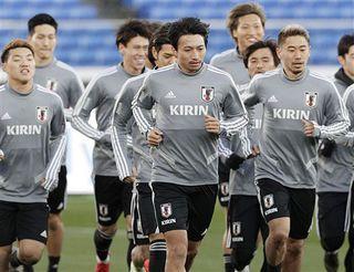 柴崎ら最終調整に汗 サッカー日本代表 22日コロンビア戦